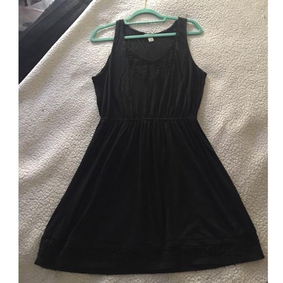 Forever 21 Dresses & Skirts - Forever 21 Little Black Dress